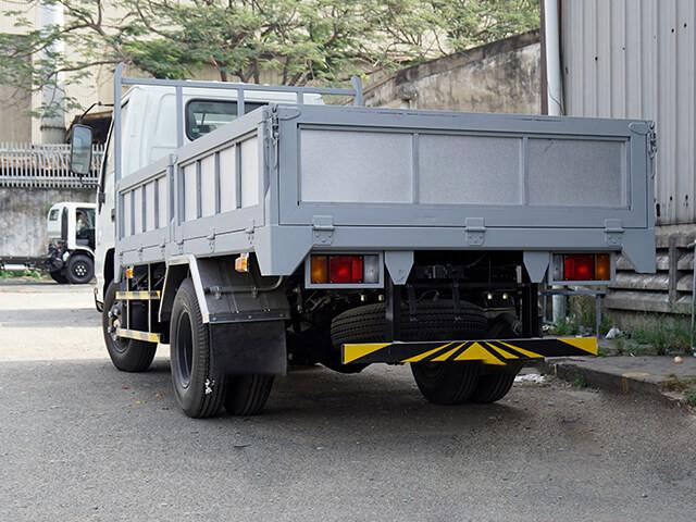 Giá xe tải Isuzu 2.4 tấn thùng lửng(3)