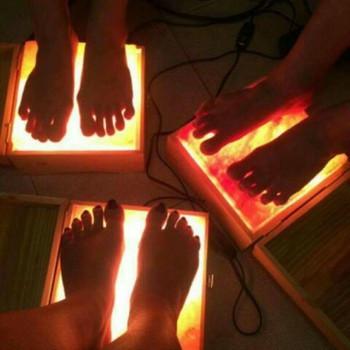 6 Công dụng thần kỳ từ đèn đá muối đặt chân Himalaya