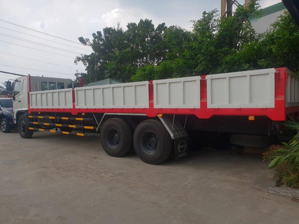 Giá xe tải Hino 16 tấn thùng lửng(2)