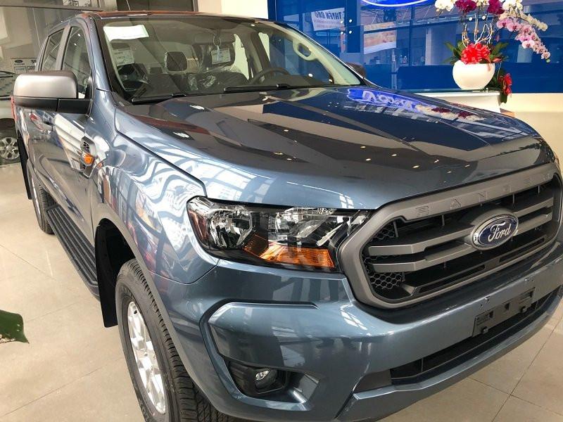 Bình dầu xe Ford Ranger bao nhiêu lit?