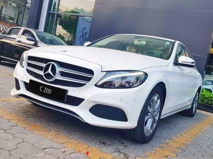 Mua trả góp Mercedes c200 tại TPHCM