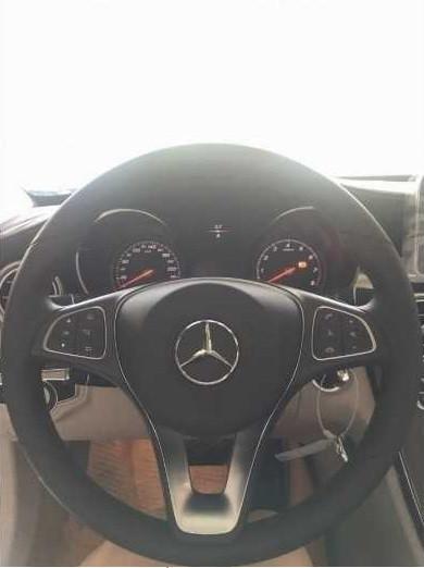 Bảng giá xe Mercedes c200 tại TPHCM mới nhất(5)