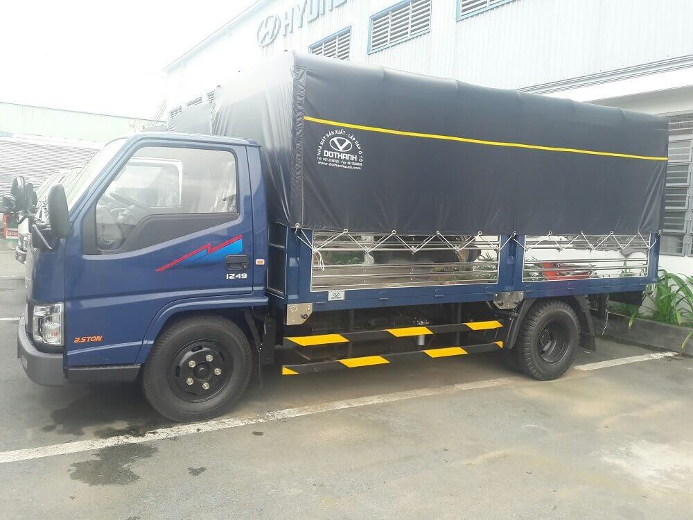 So sánh xe tải 2.5 tấn Hyundai iz49 và Hyundai iz65