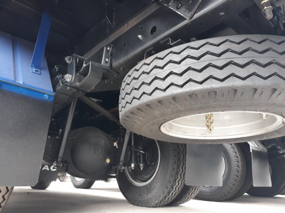 giá xe tải Jac 2T4 thùng bạt - 3