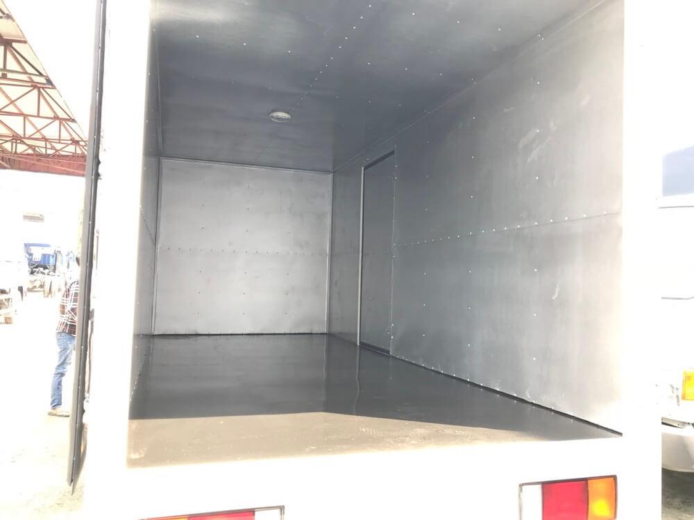 xe tải 2.5 tấn Hyundai IZ49 thùng kín - 5