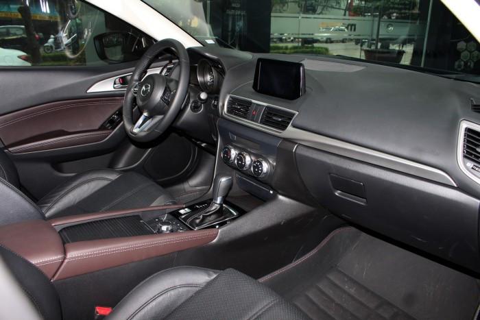 Chi tiết đánh giá xe Mazda 3 mới nhất tại TPHCM(4)