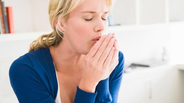 Thời tiết thay đổi bạn hay bị ngứa vòm họng - Vậy điều trị ra sao?