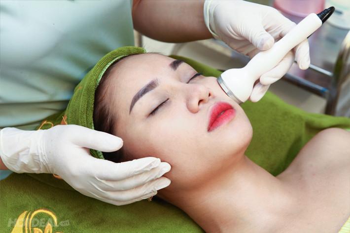 Phương pháp hút chì thải độc tố trên da mặt có tốt không?(1)