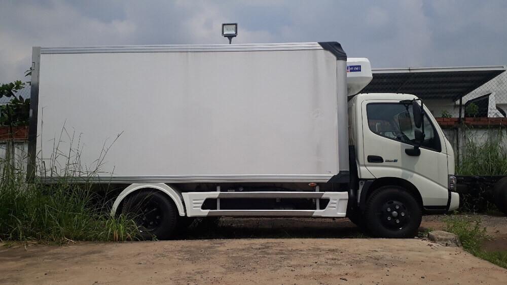 Giá lăn bánh xe tải Hino 4 tấn