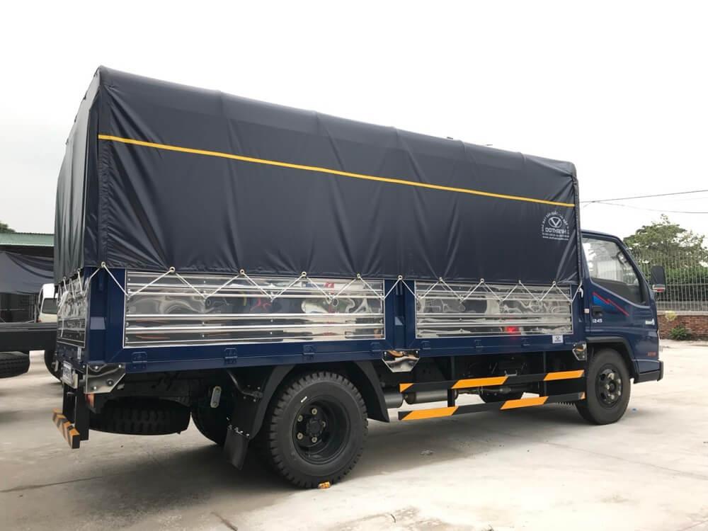 báo giá xe tải iz49 thùng bạt - 4