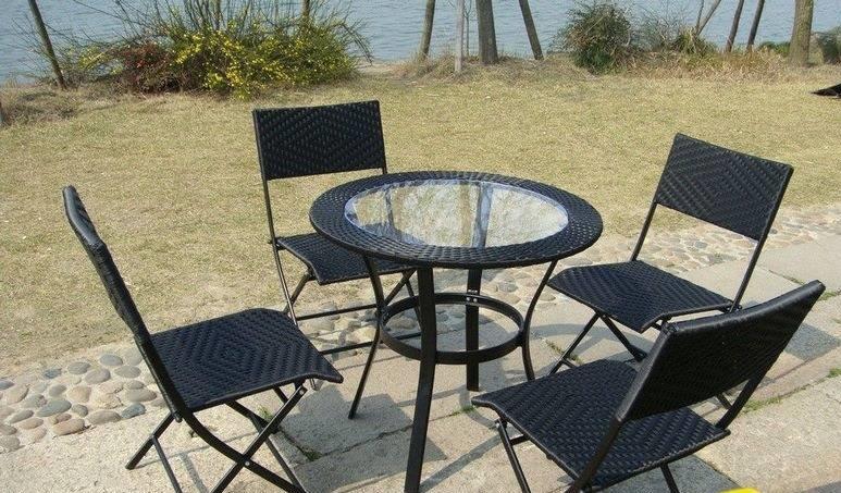 Tiêu chí đánh giá bàn ghế nhựa giả mây chất lượng tốt(1)