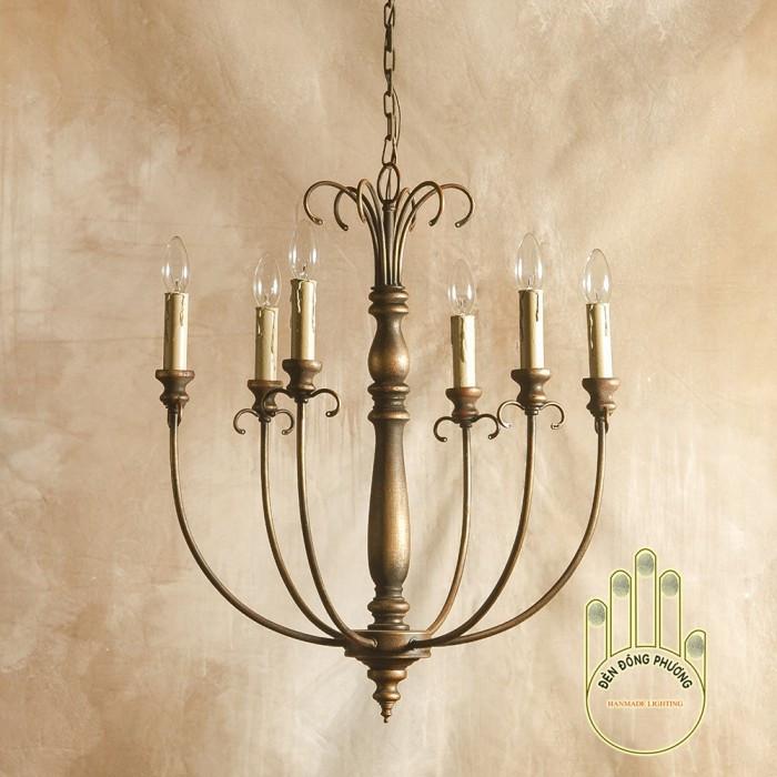 Đèn chùm sắt nghệ thuật - Mẫu đèn chùm cổ điển Châu Âu độc đáo