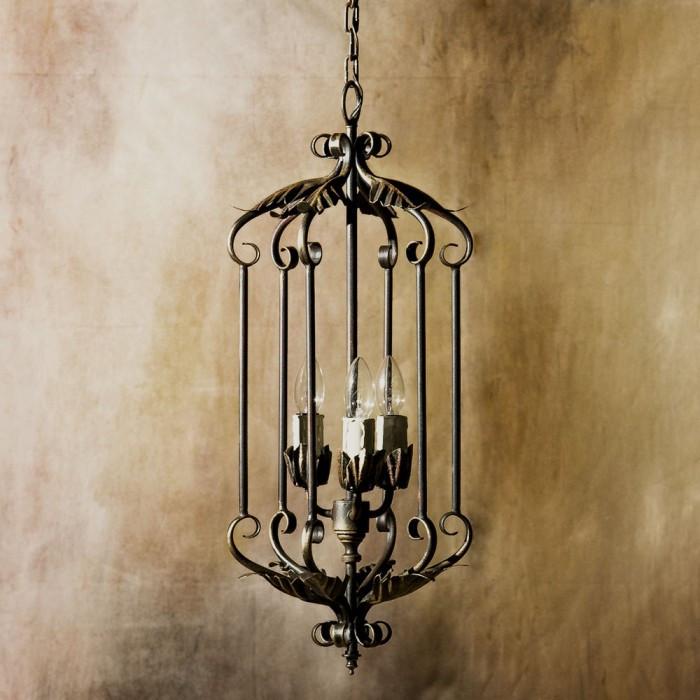 Mua đèn chùm sắt nghệ thuật cần lưu ý những gì?