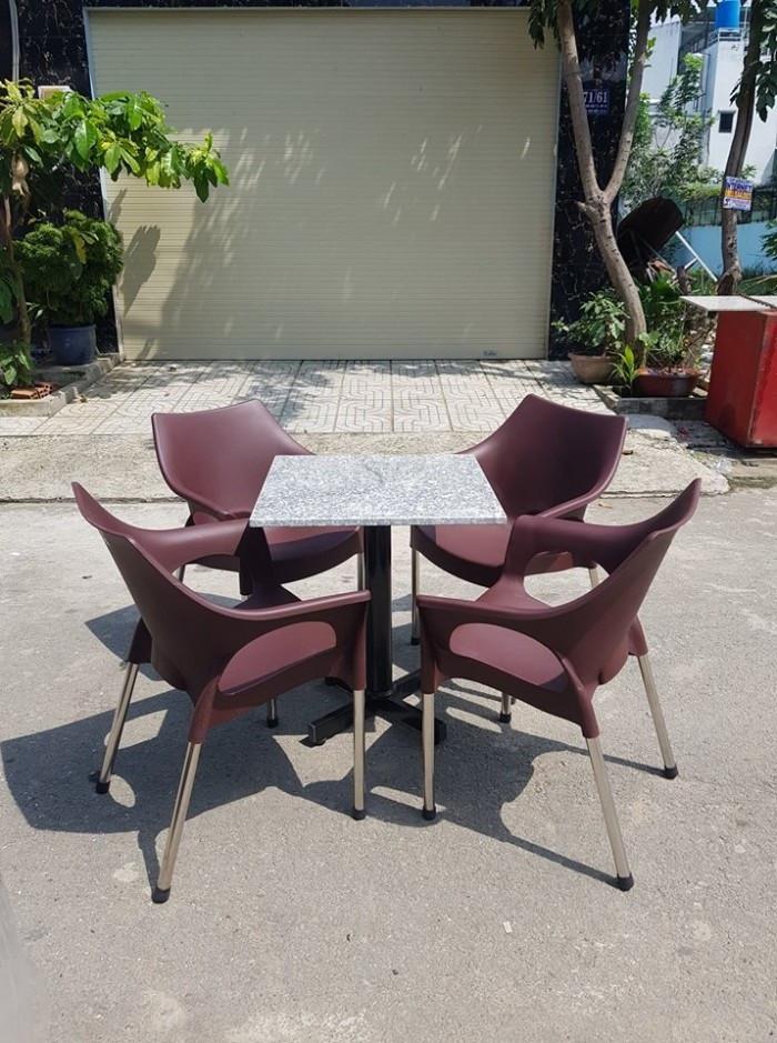 Chủ quán kinh doanh cần phải biết 4 nguyên tắc chọn mua bàn ghế cafe tốt nhất(2)