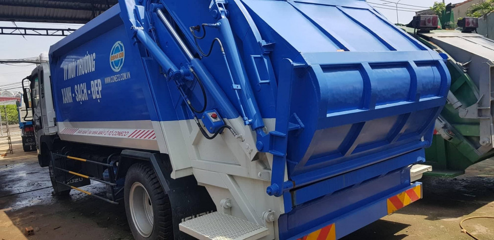 Xe cuốn ép rác Isuzu 12 khối nhập khẩu trực tiếp Hàn Quốc(1)