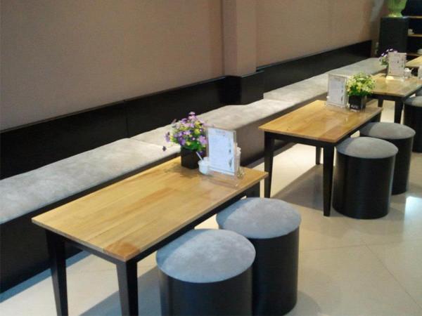 Những chia sẻ chọn mua bàn ghế cafe giá rẻ chất lượng