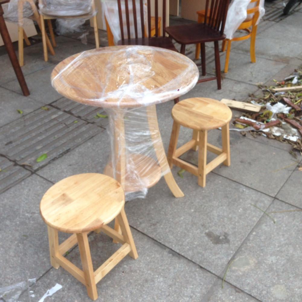 Lý do bàn ghế gỗ cho kinh doanh quán cafe