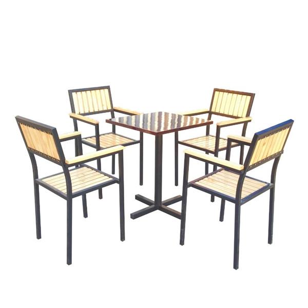 2 điều cần lưu ý khi chọn mua bàn ghế gỗ