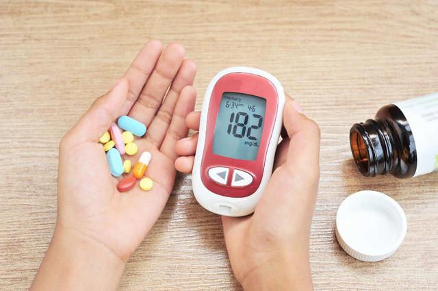 Hoạt chất Glucosamin có sử dụng được với người bệnh tiểu đường không ?