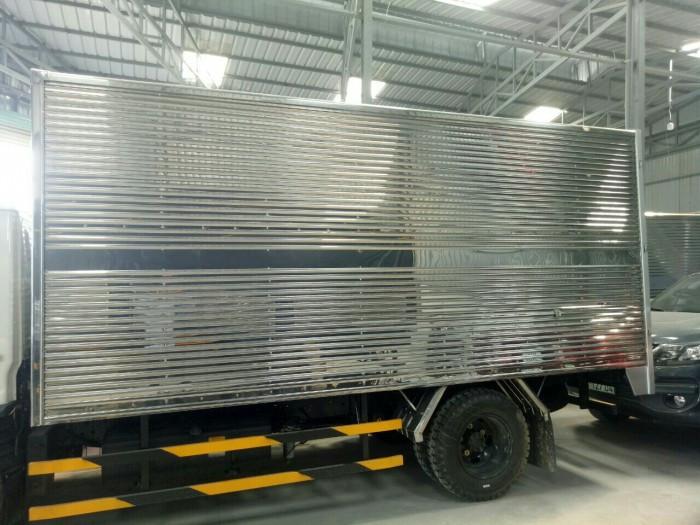 Mua xe tải Hyundai N250 thùng kín inox 2.4 tấn giá rẻ