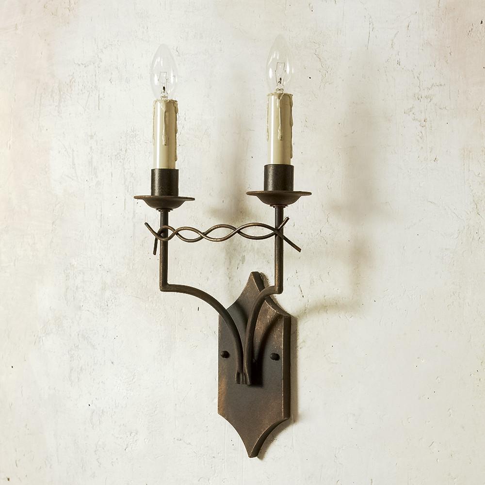 Làm thế nào để chọn đèn tường trang trí nội thất đúng điệu?