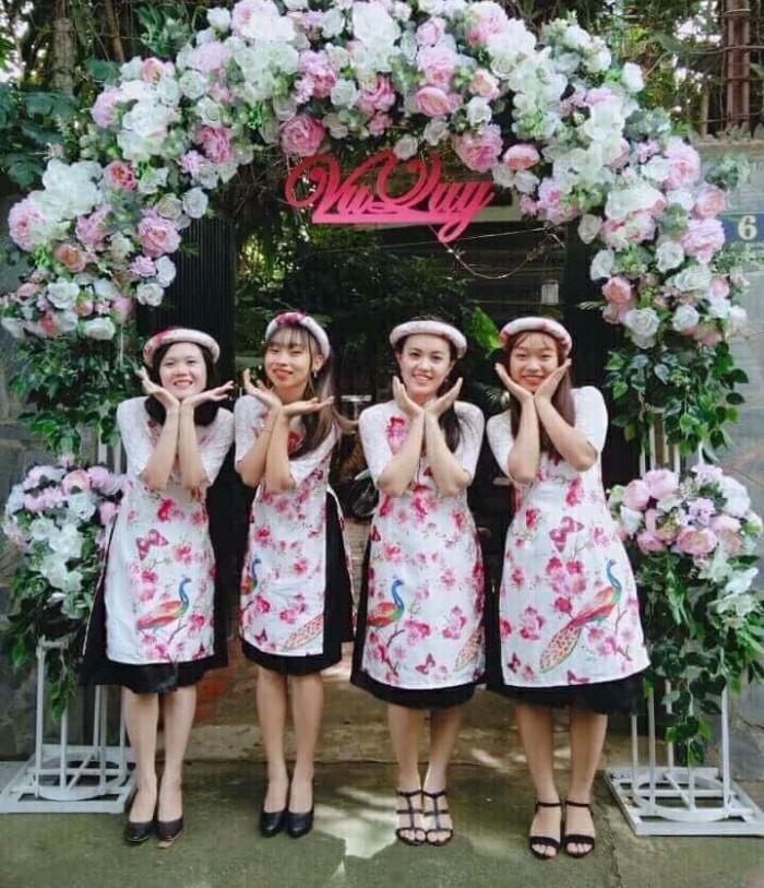 4 lưu ý cần nhớ khi thuê áo dài bưng quả nữ để ngày vui thêm trọn vẹn