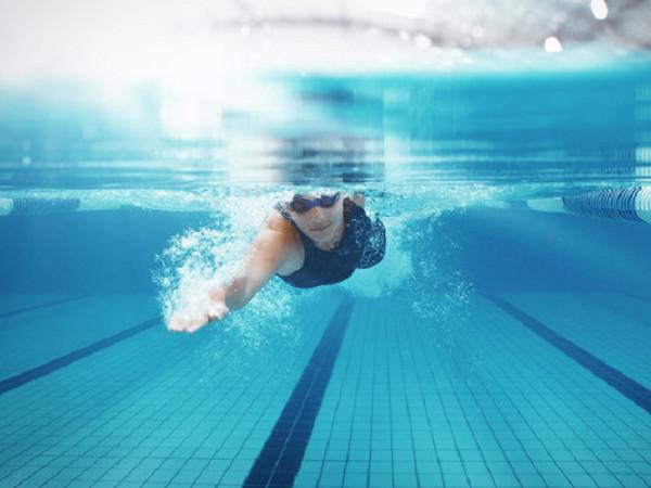 Khi bị viêm khớp dạng thấp có chơi thể thao được không ?
