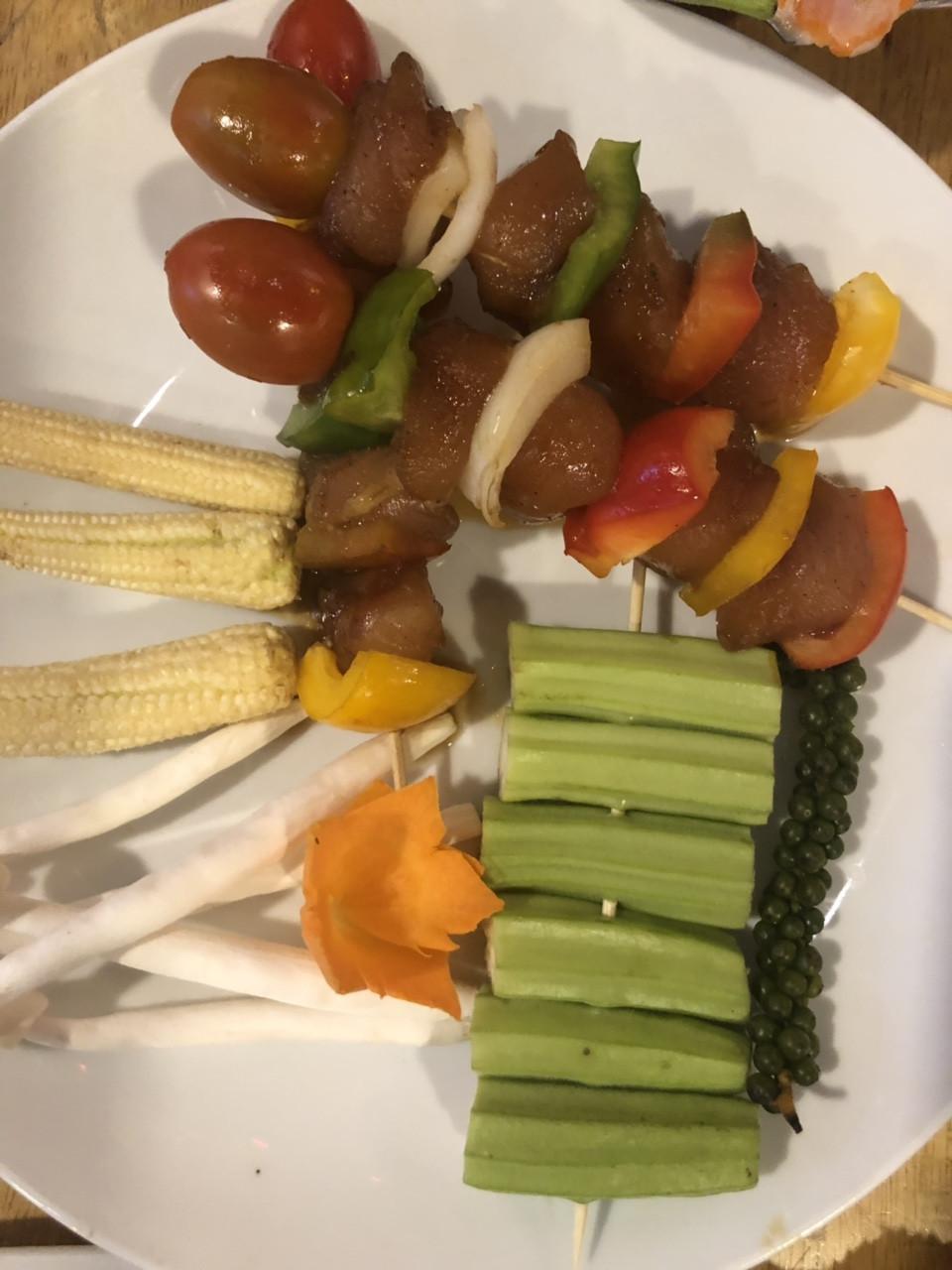 Buffet nướng hải sản lẩu nướng trưa, tối HCM