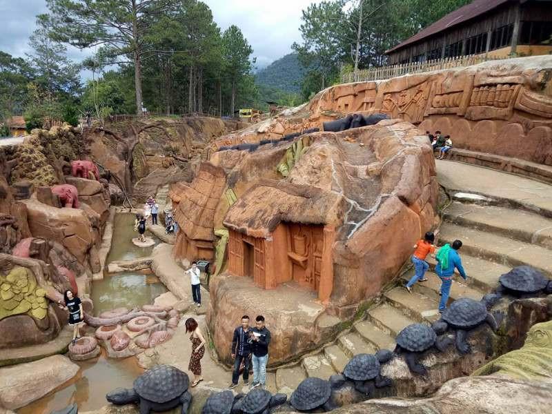 Hình ảnh đẹp về đường hầm đất sét đà lạt-5-bi-mat-thu-vi-ve-duong-ham-dat-set-da-lat uyenkhangvilla dalat