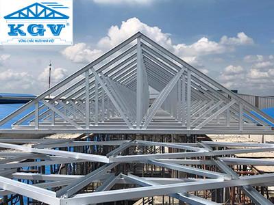 Kinh doanh hệ thống khung kèo thép cho nhà mái ngói