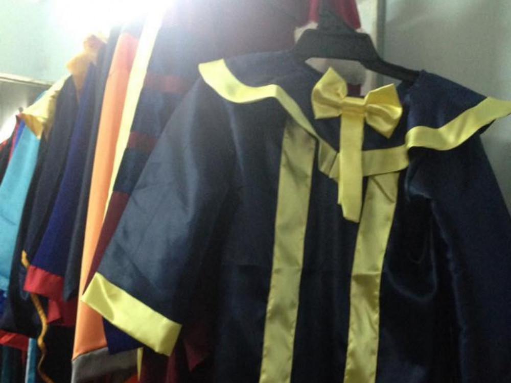 Xưởng may áo tốt nghiệp