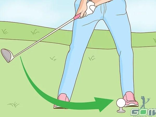 Thực hiện các cú swing ngắn