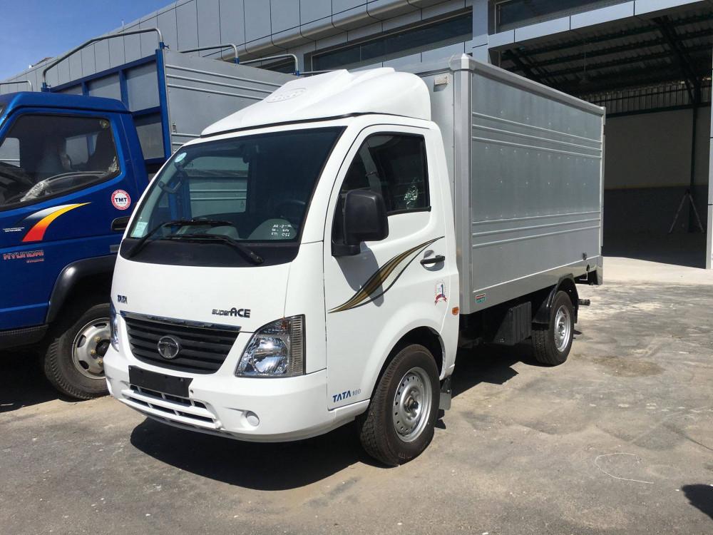 Xe tải Tata 1T2 Ấn Độ mui bạt (Euro 4) ĐK 2019 máy dầu