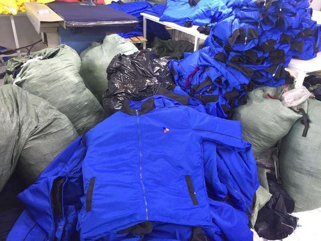 Tìm Địa chỉ lấy áo khoác giá sỉ tại TPHCM