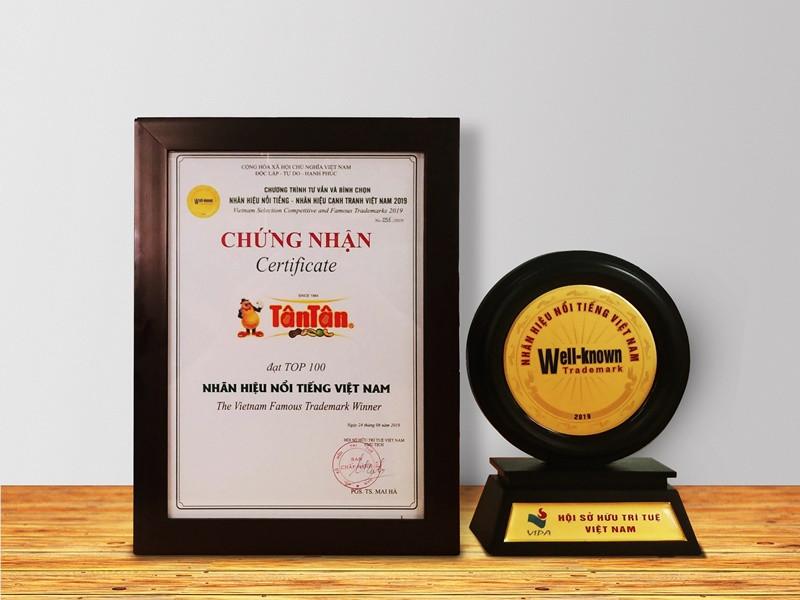 Công ty Tân Tân tiếp tục được vinh danh: Nhãn hiệu nổi tiếng Việt Nam năm 2019