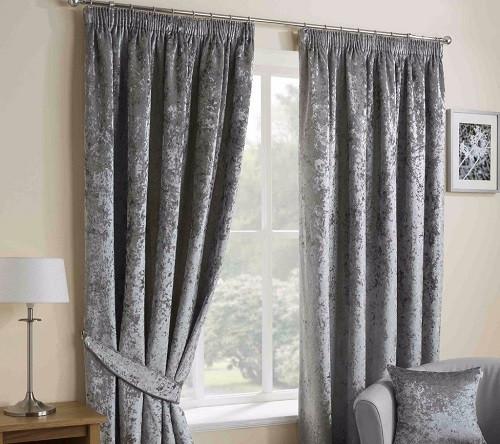 Bạn đã biết lợi ích của rèm vải nhung hay chưa?