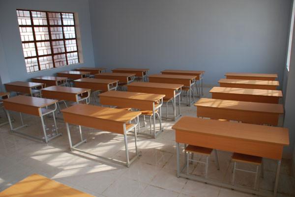 Lựa chọnbàn học sinhđạt chuẩn cho học sinh tiểu học