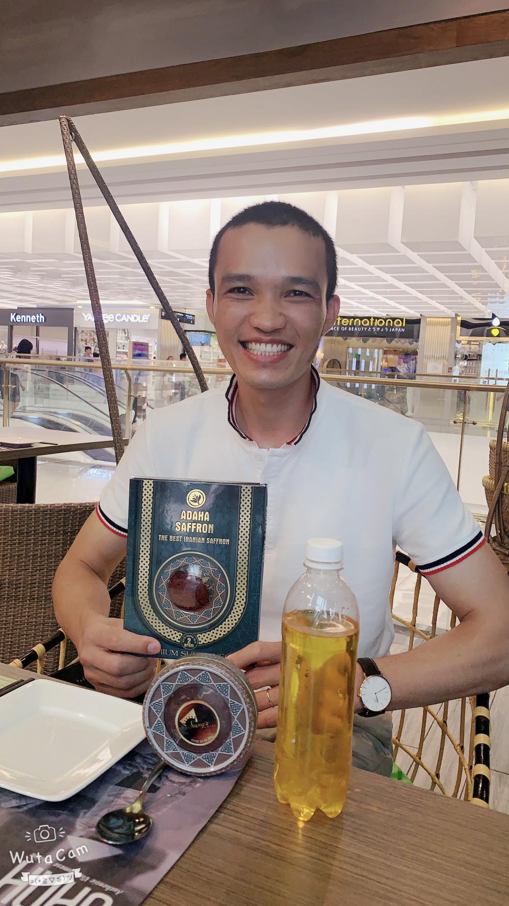 Nhụy hoa nghệ Tây Safron Adaha độc quyền phân phối tại Châu Á Thái Bình Dương do Hoa hậu Áo Dài Doanh Nhân Thu Sương đưa về Việt Nam