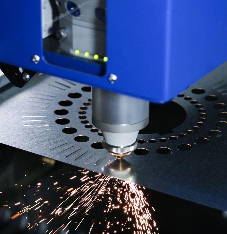 Máy Cắt Laser Fiber trong gia công sản xuât cần lưu ý những điều gì?