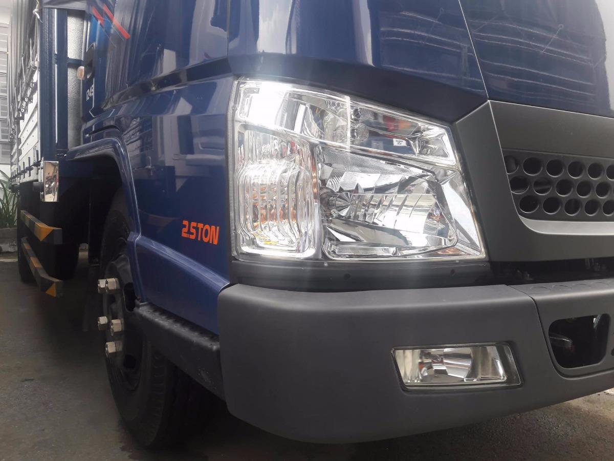 Đèn xe tải Hyundai iz49 cũ