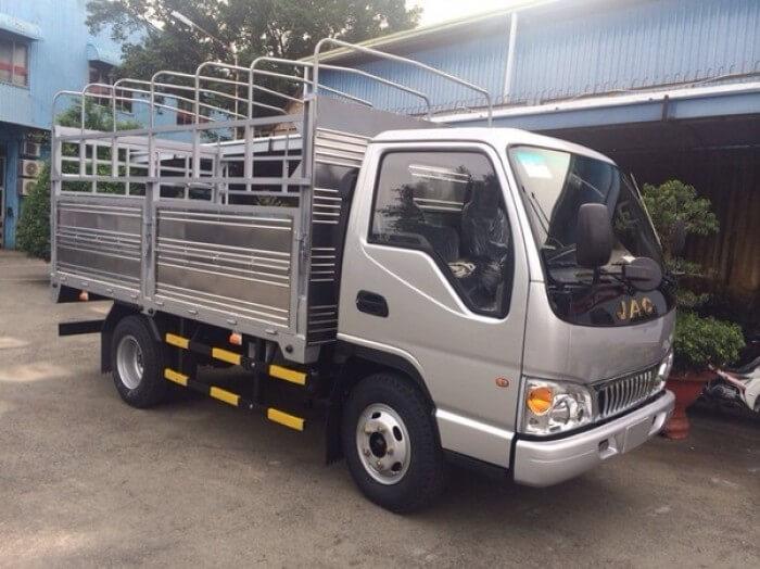 Ưu điểm về ngoại thất xe tải Jac 2T4