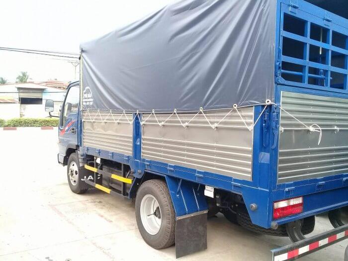 Ưu điểm về thùng hàng xe tải Jac 2T4