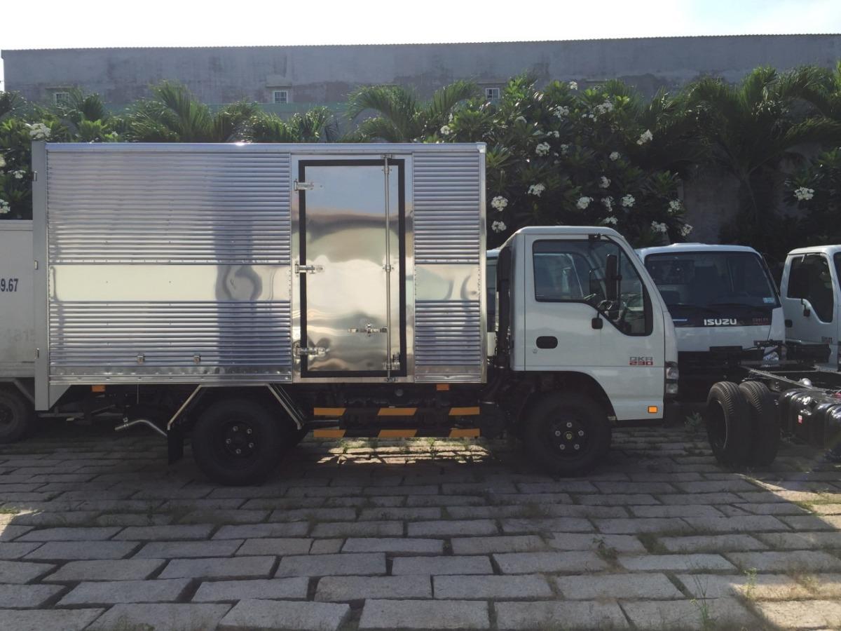 xe tải Isuzu 1T9 trả góp