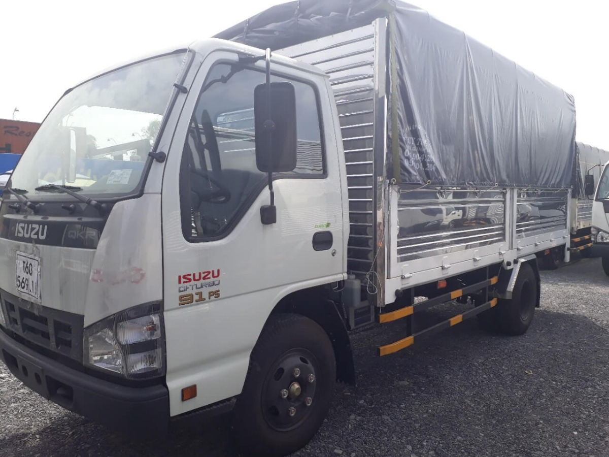 Mua xe tải Isuzu trả góp nhanh
