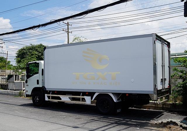 Xe tải Isuzu 3T5 thùng đông lạnh, hỗ trợ trả góp lên đến 90%(2)