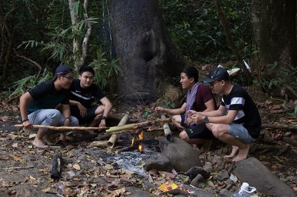 Băng rừng vượt núi cùng Isuzu MU-X