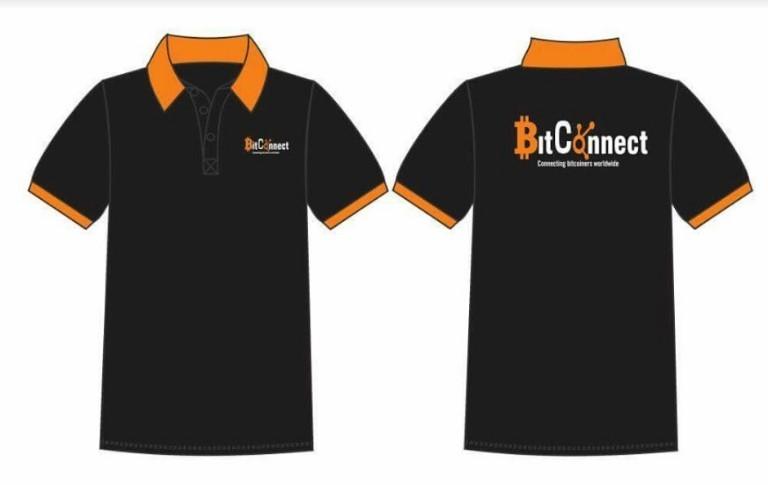Đặt may áo đồng phục lớp thể hiện sự gắn kết của tập thể.