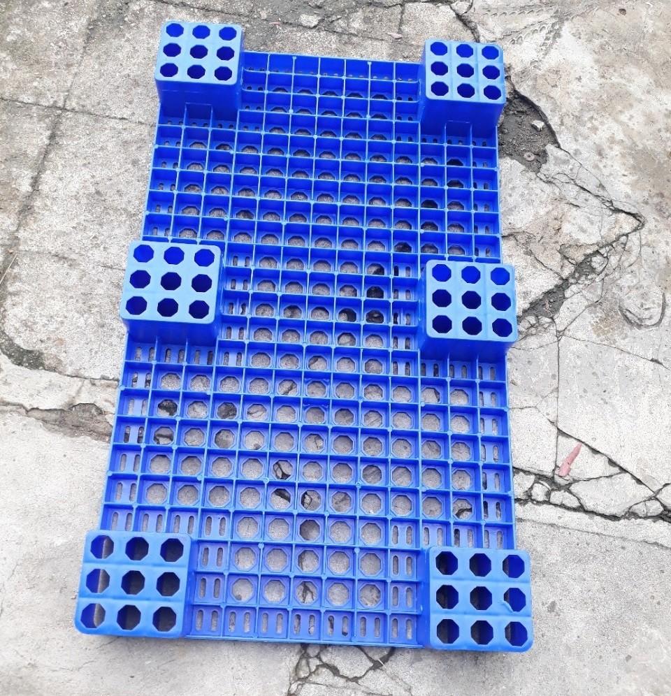 Pallet nhựa đã qua sử dụng