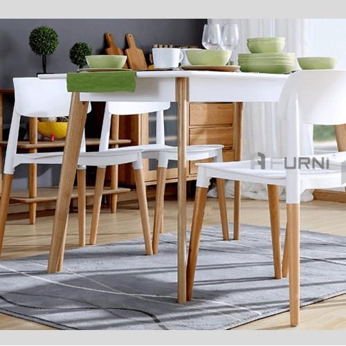 Bộ bàn ghế phòng ăn bằng gỗ đơn giản