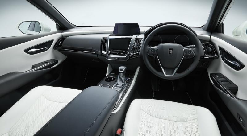 Toyota Crown - Mẫu sedan hạng sang lâu đời của Toyota(2)